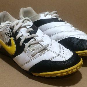 Black/White/Yellow Nike 5 'Bomba' AstroTurf Cleats